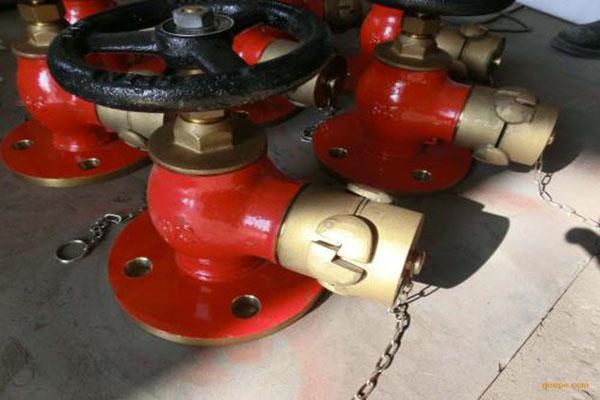 不锈钢消防箱厂家分析消防栓的使用方法和作用