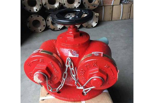 山东消防箱厂家分析消防栓的设计要求
